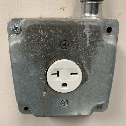 Irmo business electrical outlet repair after
